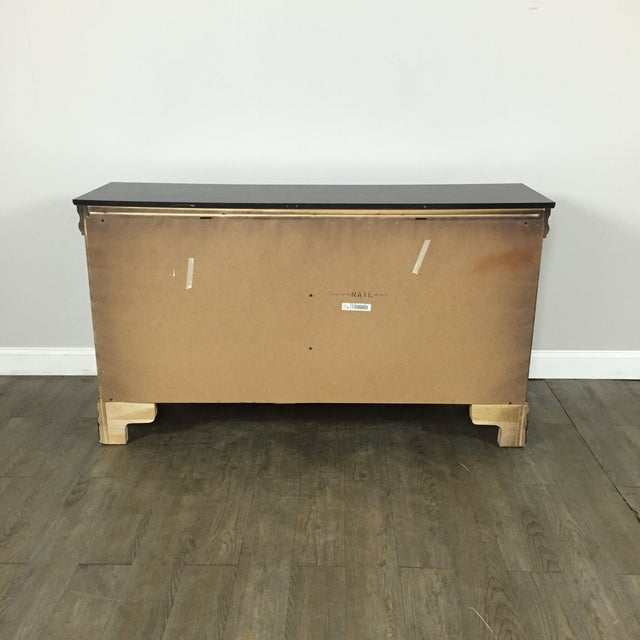 Traditional Six Drawer Dresser by Bassett - Image 10 of 11