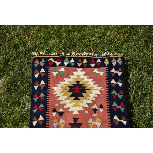 1980s Vintage Hand Knotted Traditional Southwestern Style Anatolian Kilim Rug For Sale - Image 5 of 13