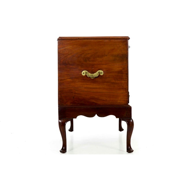 18th Century English Antique Chest of Drawers for Wine Storage For Sale - Image 4 of 13