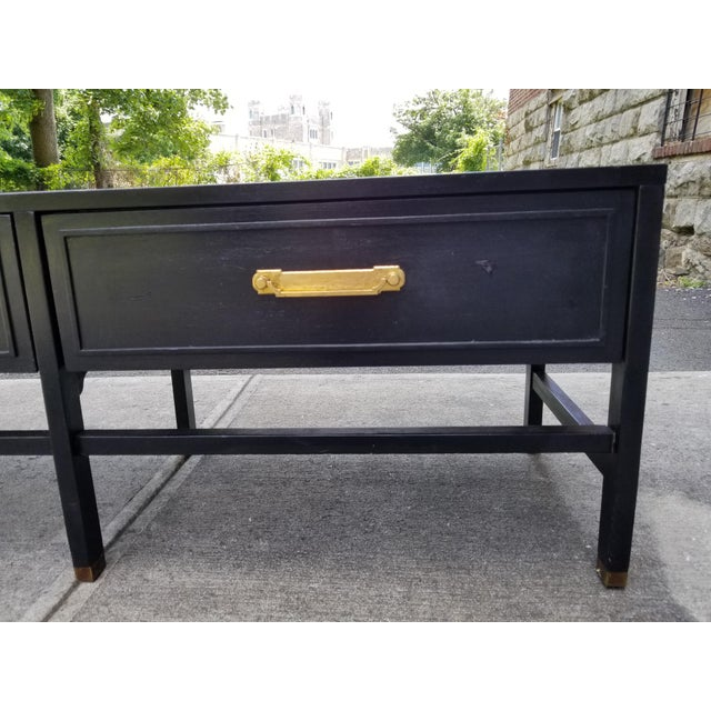 American of Martinsville Vintage America of Martinsville Painted Hollywood Regency Style Console For Sale - Image 4 of 11