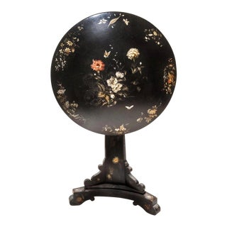 19th-Century Victorian Jennens & Bettridge Tilt-Top Lacquered Papier Mache Table For Sale