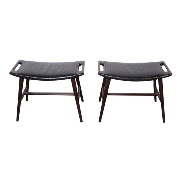 Pair of Ap-30 Piano Stools by Hans Wegner For Sale