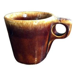 Mid-Century Modern Brown Drip Hull Mug For Sale