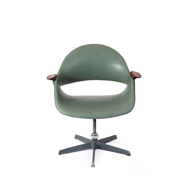 Metal Arthur Umanoff Leather Swivel Chair For Sale - Image 7 of 7