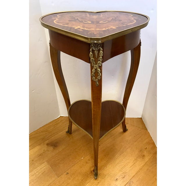 1950s Italian Marquetry Inlaid Heart Shaped End Table For Sale - Image 4 of 12