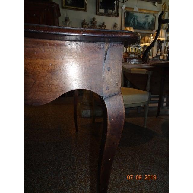 Louis XV Epoch Walnut Desk For Sale In New Orleans - Image 6 of 12