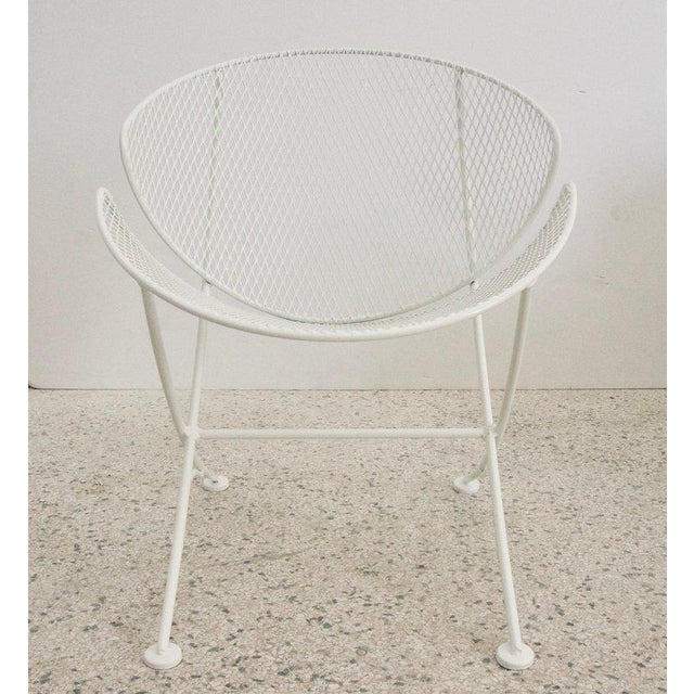 "Mid-Century Modern Vintage Mid Century Salterini White Patio ""Clamshell"" Side Chair For Sale - Image 3 of 7"