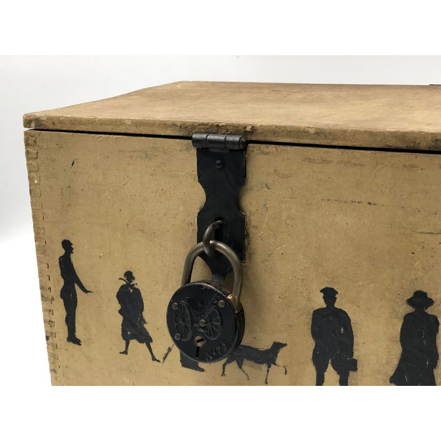 19th Century Silhouette Painted Wooden Box For Sale - Image 9 of 13