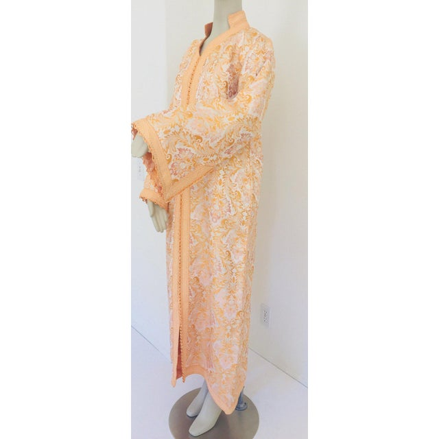 Moroccan Caftan in Gold Brocade For Sale In Los Angeles - Image 6 of 13