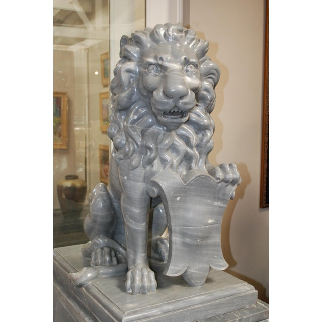 Neoclassical Italian Carved Marble Lions, circa 1900 For Sale - Image 3 of 7