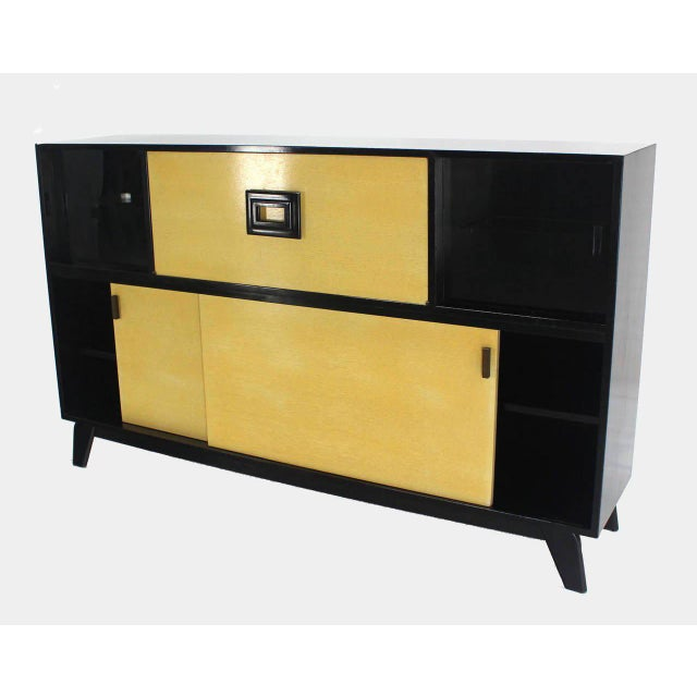 Yellow Mid Century Modern Credenza Black Lacquer Gredenza Bar Liquor Cabinet For Sale - Image 8 of 8