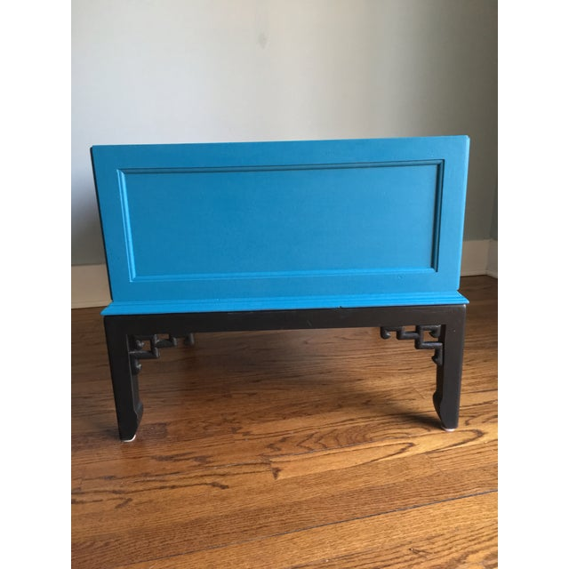Hekman Furniture 1970s Hollywood Regency Blue Hekman Side Table With Two Drawers For Sale - Image 4 of 8