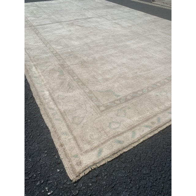 "1950's Vintage Turkish Oushak Wide Runner Rug - 5'2"" x 8'4"" For Sale - Image 4 of 13"