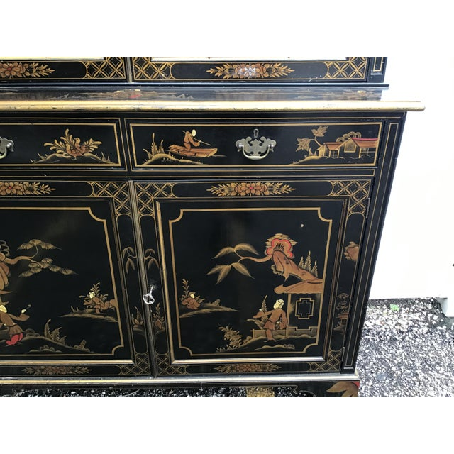 19th Century Chippendale Chinoiserie Bookcase Cabinet For Sale In Tampa - Image 6 of 13