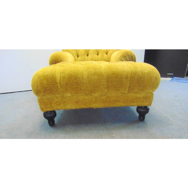 Regency Style chaise lounge made by Schumacher, yellow tufted upholstery , reeded bun feet