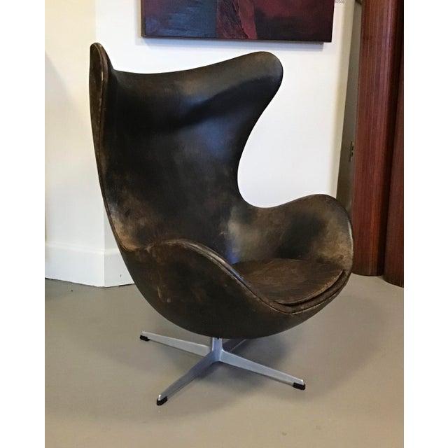 Fritz Hansen Early Arne Jacobsen for Fritz Hansen Egg Chair For Sale - Image 4 of 10