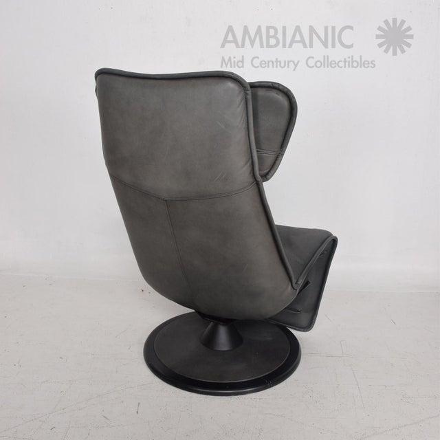 1970s Pair of Contura Zero Gravity Recliner Chair by Modi, Hjellegjerde For Sale - Image 5 of 10