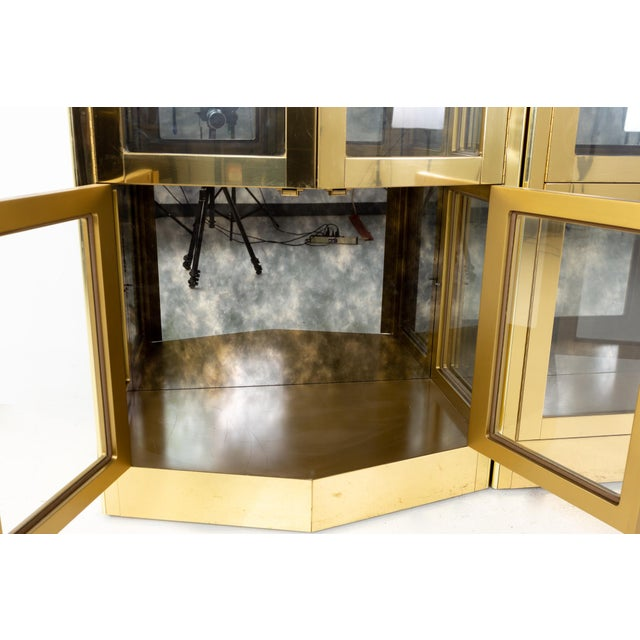 Mastercraft Mid Century Brass Display Cabinet - Set of 3 For Sale - Image 10 of 13