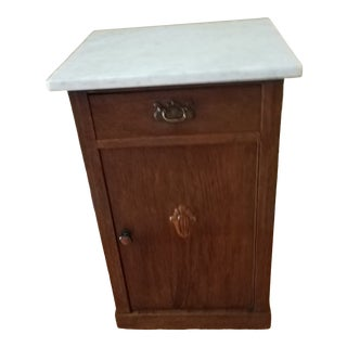 18th Century Antique Victorian Maple Commode For Sale