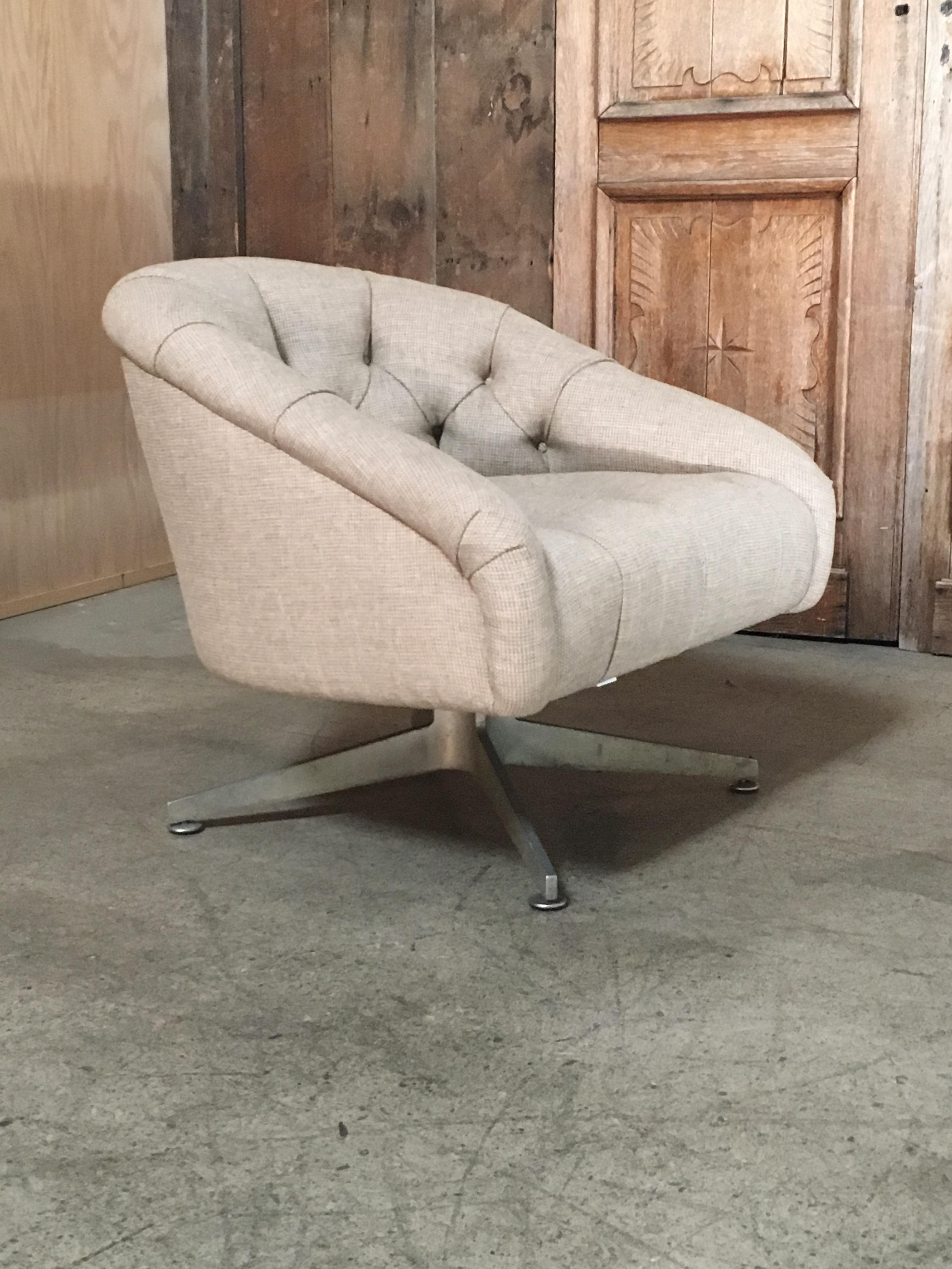 Lehigh Leopold Ward Bennett Swivel Lounge Chair For Sale   Image 4 Of 5