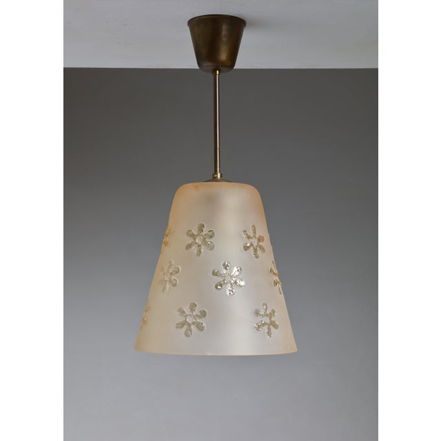 Frosted Glass Pendant with Flower Motif, Sweden, 1930s For Sale - Image 4 of 4