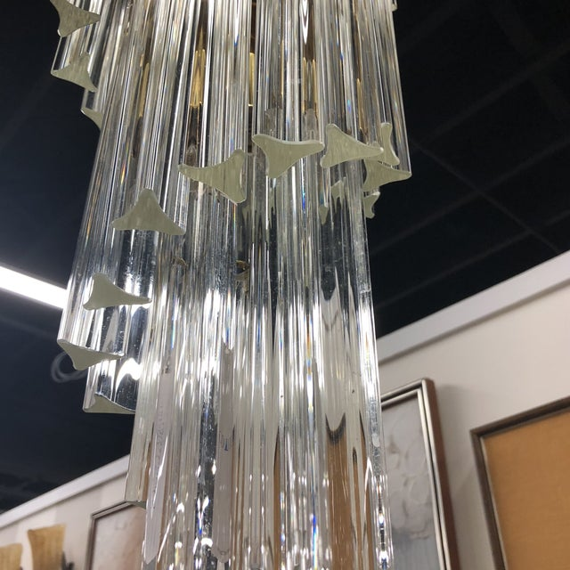 A fabulous crystal Murano chandelier that will bring elegance to your new design project