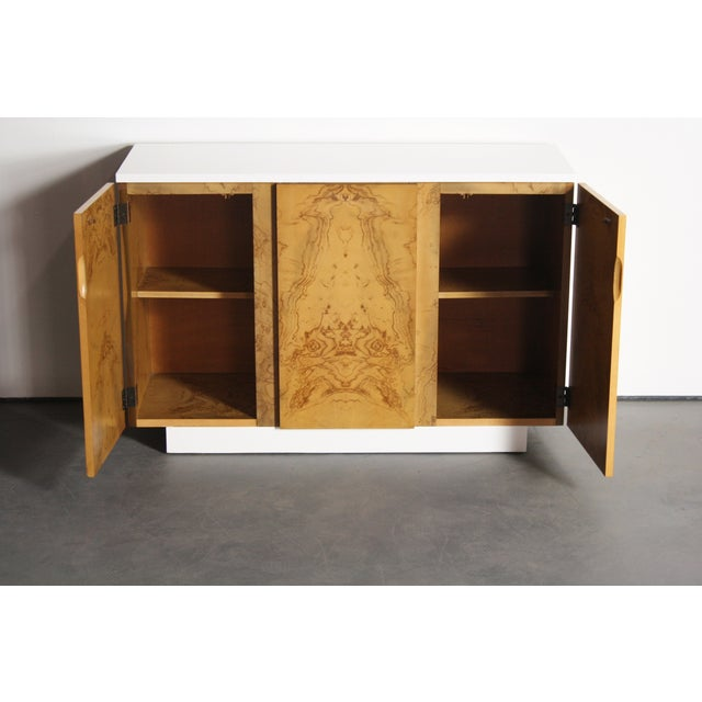 Milo Baughman Burl Wood 2-Tone Credenza Buffet For Sale - Image 9 of 11