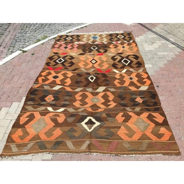 Vintage Brown Turkish Kilim Rug For Sale - Image 10 of 10