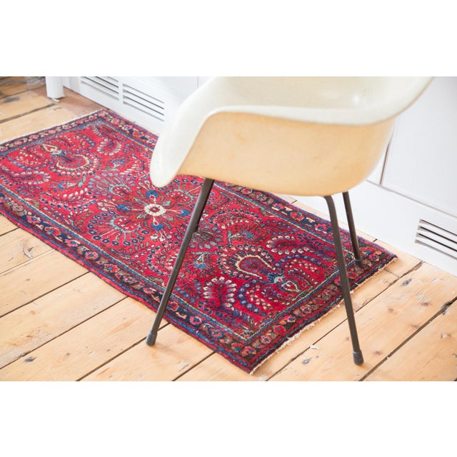 "Vintage Sarouk Rug Mat - 2'1"" x 4' For Sale In New York - Image 6 of 10"