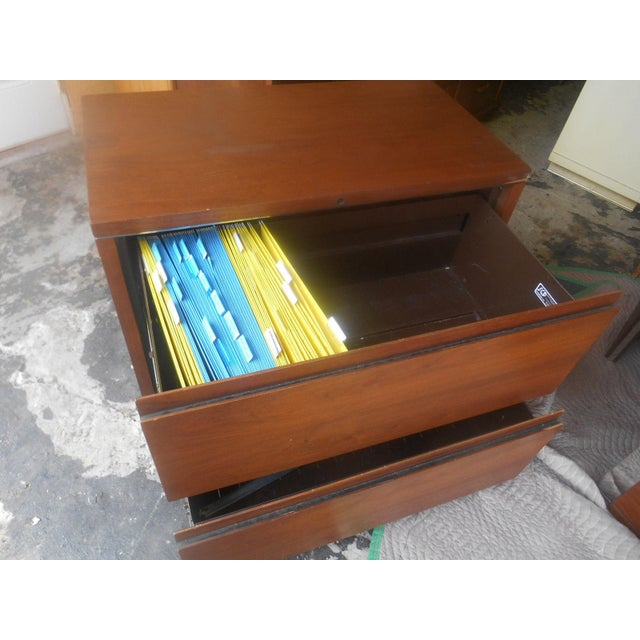 1960s Mid-Century Modern Walnut & Chrome 2 Drawer Filing Chest For Sale - Image 4 of 6