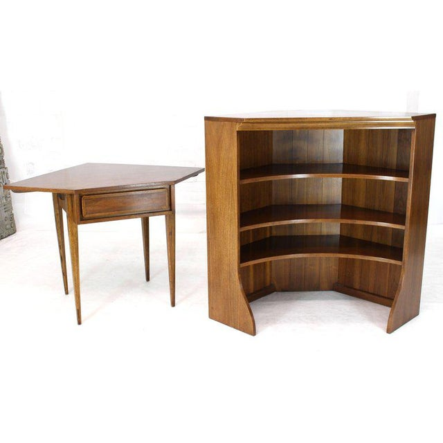 Mid-Century Modern Mid-Century Modern Two-Piece Walnut Corner Desk Table Bookcase Hutch For Sale - Image 3 of 12