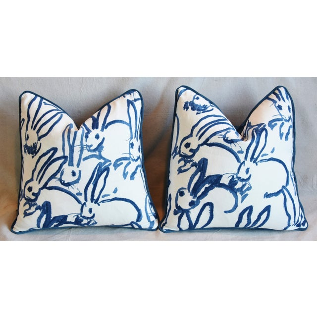 "Designer Groundworks Bunny Hutch Feather/Down Pillows 17"" Square - Pair For Sale In Los Angeles - Image 6 of 13"