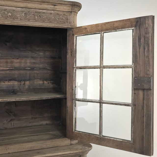 19th Century Country French Stripped Louis XVI Vitrine - Cabinet For Sale In Dallas - Image 6 of 13