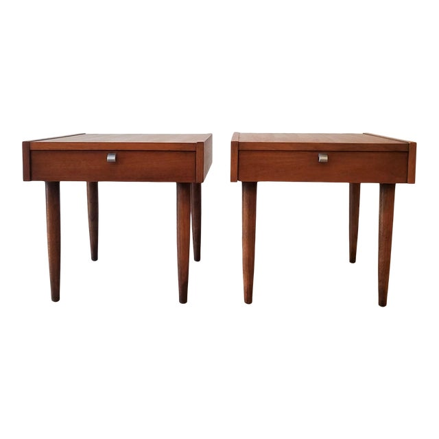 Mid-Century Modern American of Martinsville End Tables - a Pair For Sale