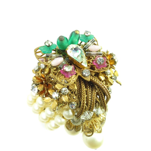 1950s Miriam Haskell Faux Pearl, Crystal, & Art Glass Cuff Bracelet For Sale - Image 11 of 13
