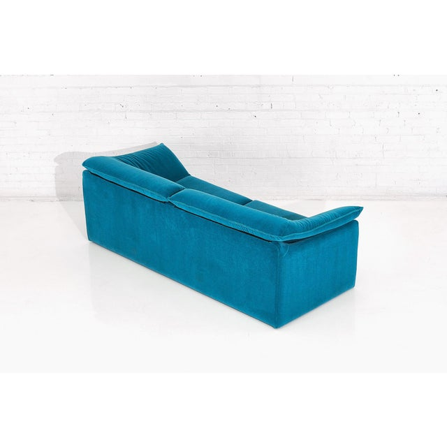"Textile Niels Eilersen ""Arizona"" Sofa by Jens Juul Eilersen Teal Mohair, 1970 For Sale - Image 7 of 9"