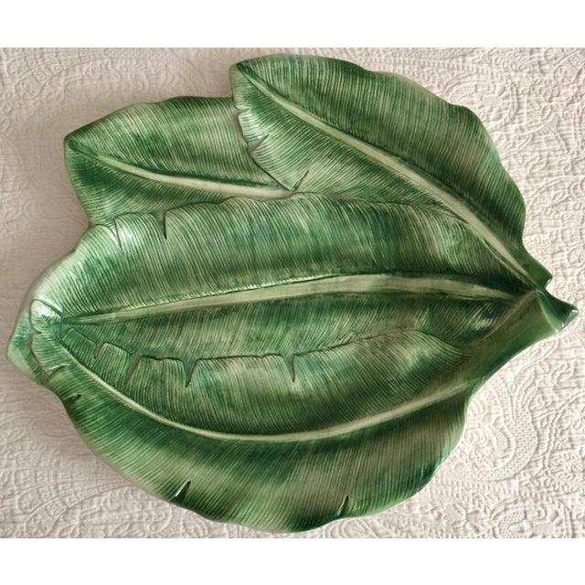 "Italian Italian 19"" Hand-Painted Banana Leaf Platter For Sale - Image 3 of 10"