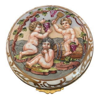 French Wine Grape Capodimonte Box For Sale