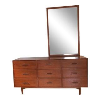 Mid-Century Modern Ramseur Dresser With Mirror For Sale