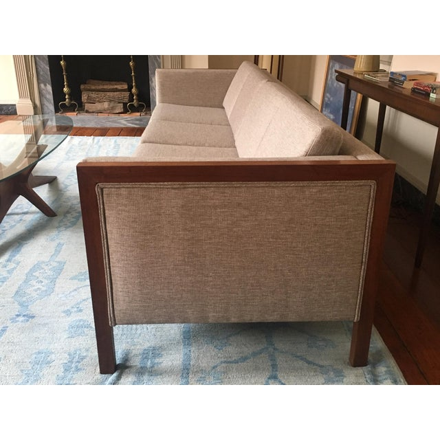 DUX Mid-Century Modern Four Seat Long Sofa by Dux For Sale - Image 4 of 13