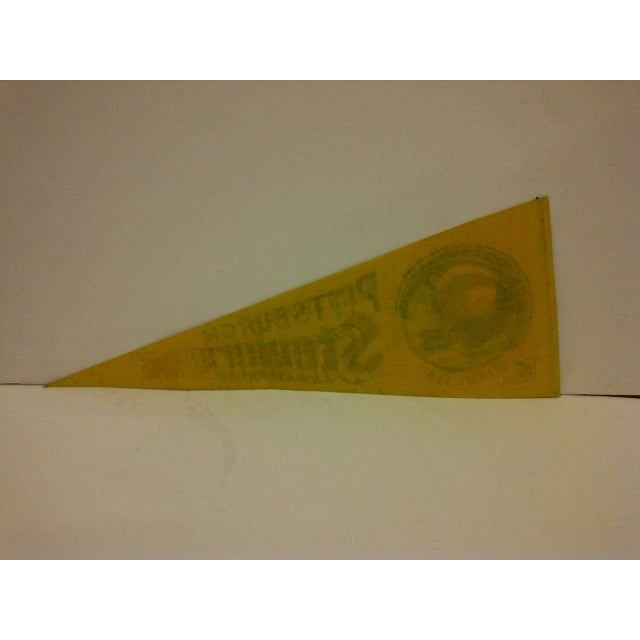 1970s Vintage NFL Pittsburgh Steelers Pennant Flag For Sale - Image 5 of 5