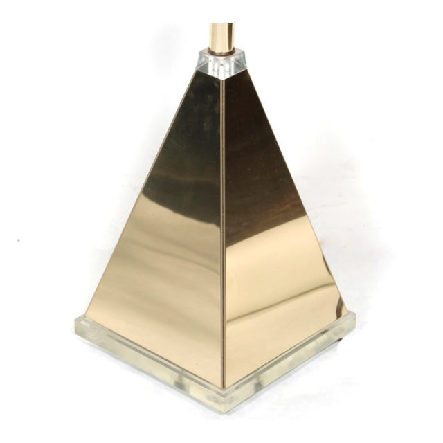 Pyramid Table Lamp With Lucite Base For Sale In Los Angeles - Image 6 of 9