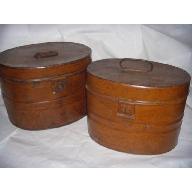 English Traditional Vintage Tin English Hat Boxes - 2 For Sale - Image 3 of 7