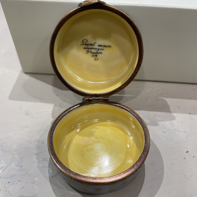 1950's French Limoges Trinket Box For Sale In Boston - Image 6 of 7