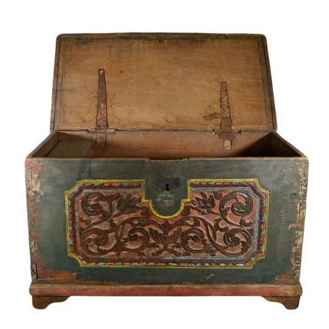 Antique Indonesian Hand-Carved and Painted Trunk with Foliage's, 19th Century For Sale In New York - Image 6 of 9