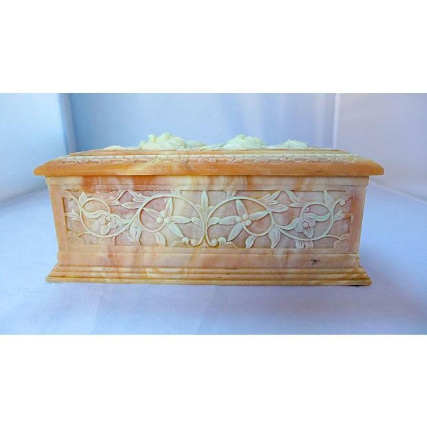 Vintage Floral Cameo Pink Jewelry Box - Image 5 of 6