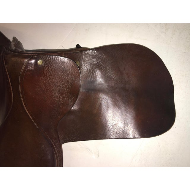 1980s Vintage Equestrian English Leather Lady Saddle For Sale - Image 5 of 13