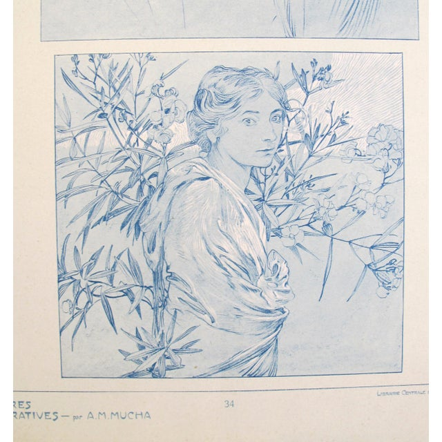 Alphonse Mucha 1902 Original Vintage French Art Nouveau Illustration - Figures Decoratives - A. Mucha For Sale - Image 4 of 5