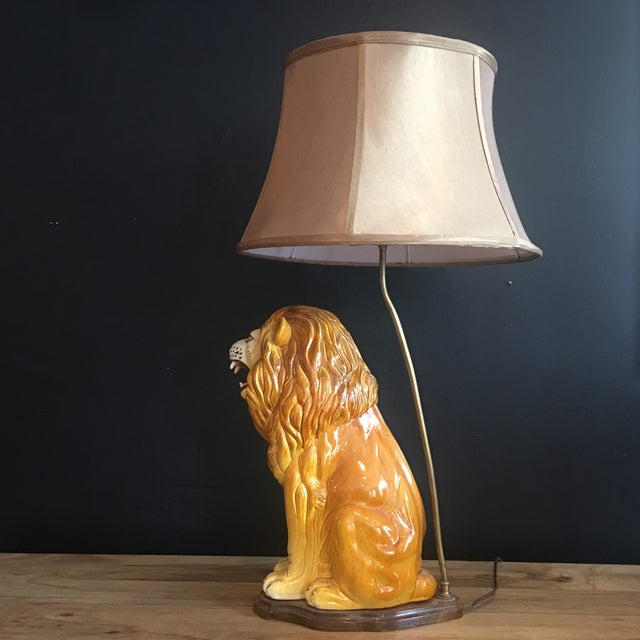 Large Italian Hand-Painted Porcelain Lion Sculpture Mounted Lamp For Sale In New York - Image 6 of 12