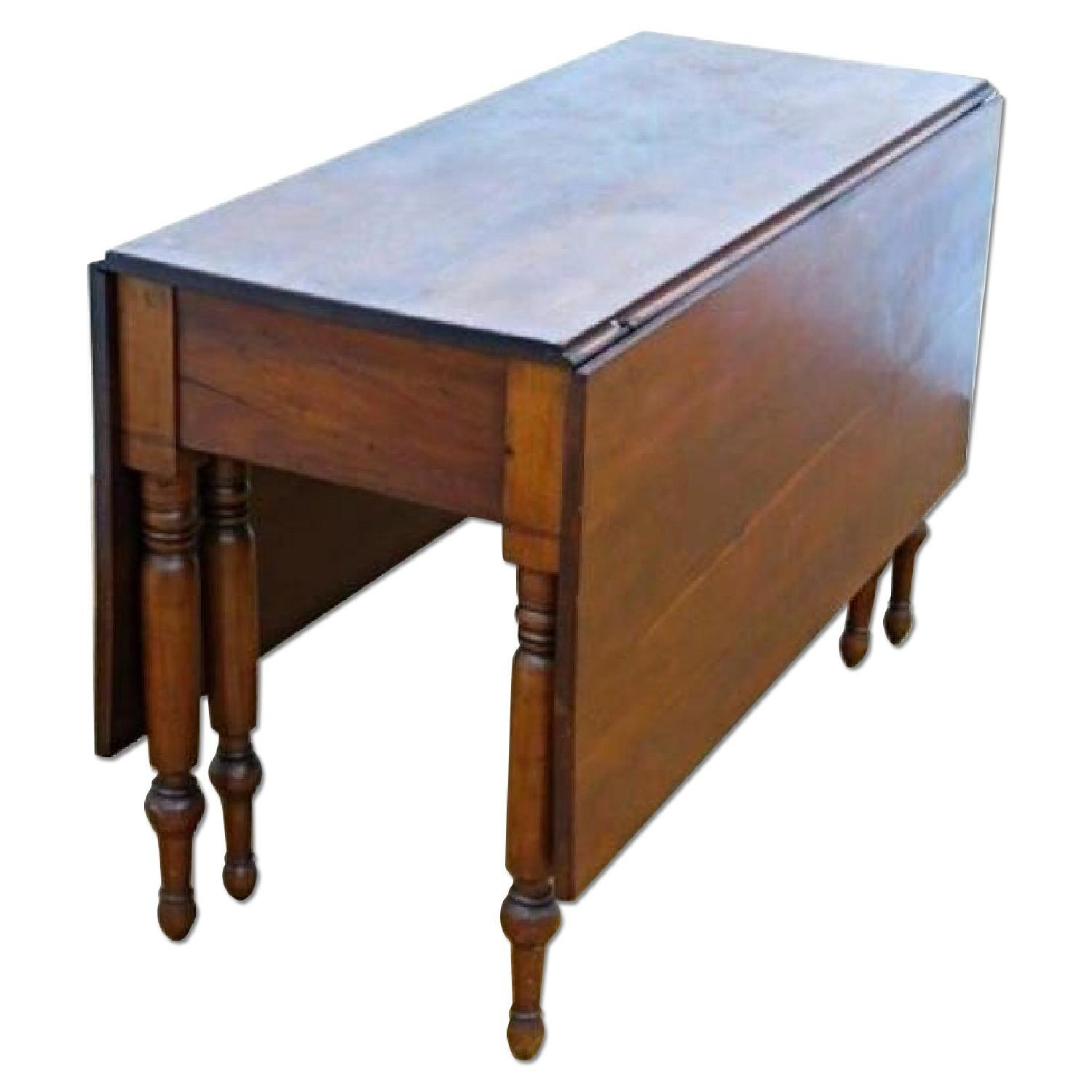 Delicieux On Offer On This Occasion Is A Stunning Antique Cherry Drop Leaf Table With  Spindle